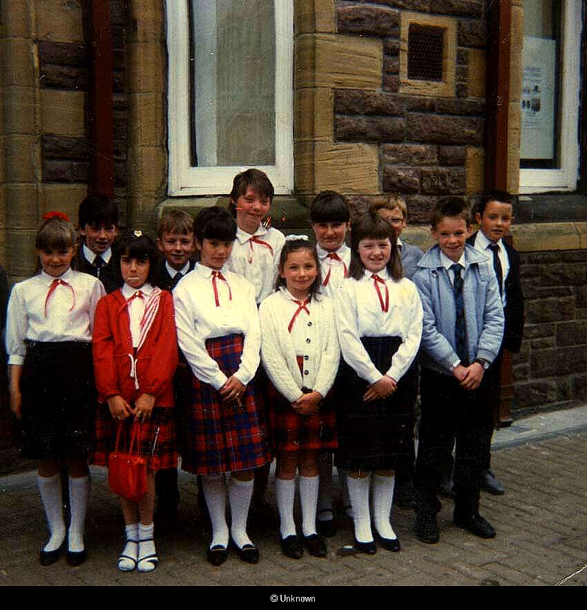 Bernera school choir 1987