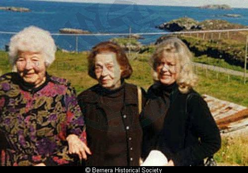 Neilina Macdonald, 4 Croir and cousins