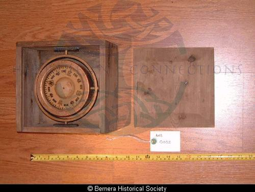 Marine compass / cumbaist