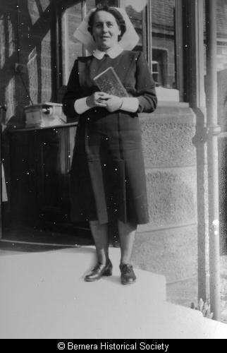 Mary Macdonald, 2 Lundale