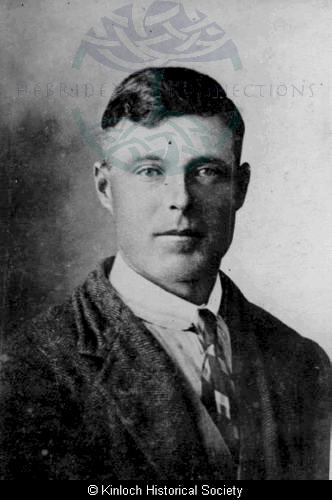 Donald Mackenzie, 11 Arivruach
