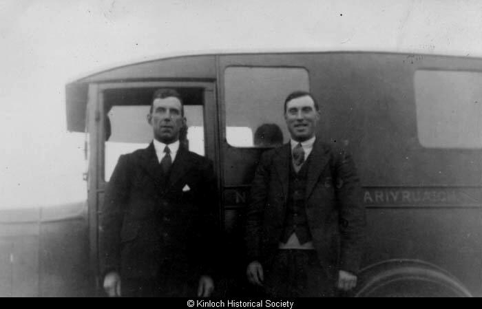 Mackenzie brothers, 11 Arivruach