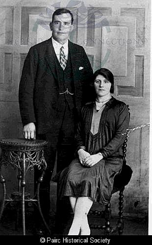 Ann Macdonald, 1 Garyvard with husband