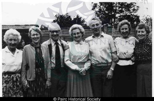 Campbell family, 11 Glenside, Gravir