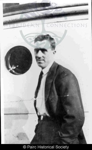 John Macmillan, 23 Gravir