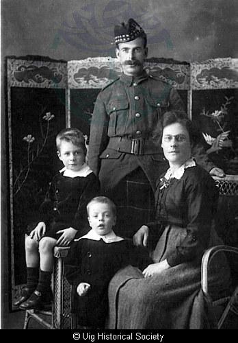 Callum Mackenzie and family, Aird Uig