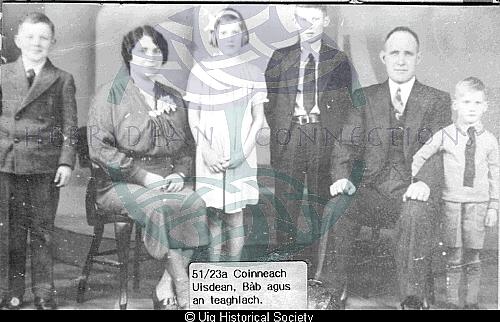 Kenneth Mackay and Mary Barbara Maciver with family